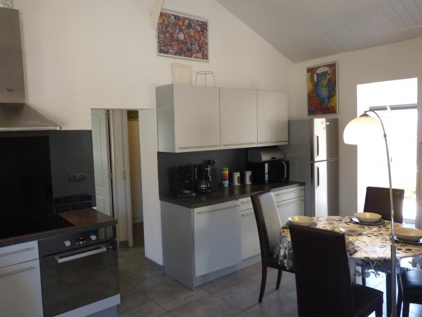 maison villa narbonne plage aug immobilier. Black Bedroom Furniture Sets. Home Design Ideas